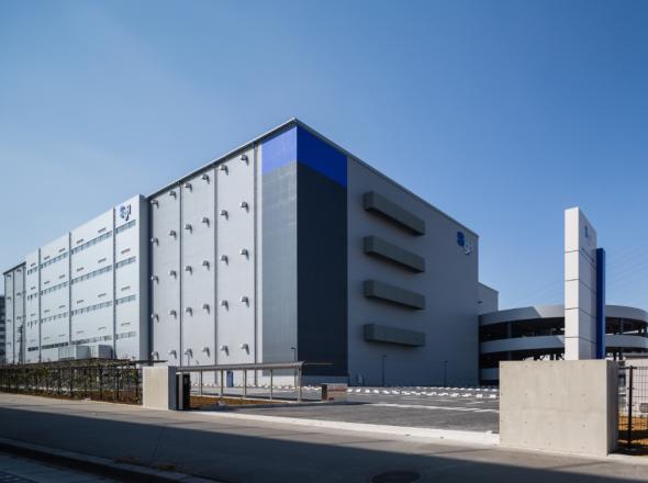 アニー販売会社 株式会社関通の新センターがオープンします。
